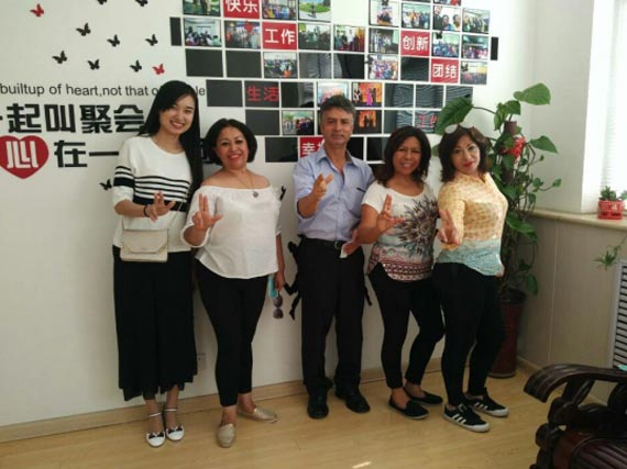Our company warmly welcomes customers from Mexico